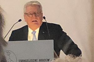 """""""Tutzinger Löwe"""" für Bundespräsident a.D. Joachim Gauck"""