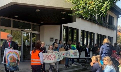Klima–Demos–Straße–Rathaus–Politik